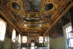 De ruimte van het paleis stock afbeelding