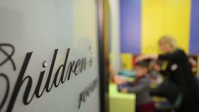 De ruimte van kinderen stock footage