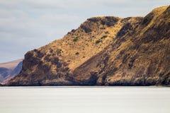 De rullande bergen på den snabba fjärden södra Australien på 15th mars Arkivbild