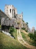 De ruïnes van het Beckovkasteel, Slowaakse republiek, Europa, reisbestemming Stock Foto's