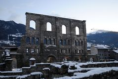 De ruïnes van Romein in de sneeuw Royalty-vrije Stock Afbeeldingen