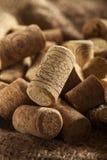 De rustieke Bruine Wijn kurkt Royalty-vrije Stock Afbeeldingen