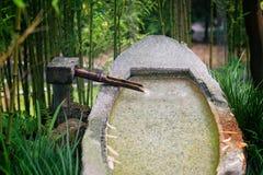 De rustige, Japanse fontein van de stijltuin Stock Afbeelding