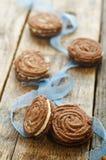De sabelmarter van chocoladekoekjes met roomkaas Stock Afbeelding
