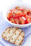 De salade en baguette van de tomaat Stock Afbeelding