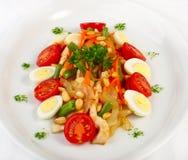 De salade met groenten en chiken Stock Foto's