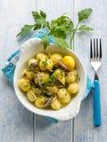 De salade van aardappels met ansjovissen Royalty-vrije Stock Foto