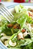 De salade van Caesar met vork Royalty-vrije Stock Foto's