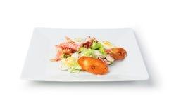 De salade van Caesar op witte plaat Stock Afbeeldingen