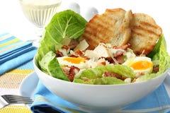 De Salade van Caesar van de kip Stock Afbeeldingen