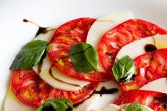 De salade van Caprese Stock Afbeeldingen