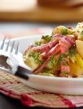 De salade van de aardappel Stock Fotografie