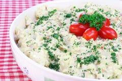 De Salade van de aardappel met de Tomaten van de Druif Stock Fotografie