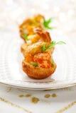 De salade van de garnaal in mini-brioche voor vakantie Royalty-vrije Stock Foto's