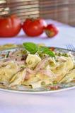 De salade van de ham en van deegwaren Royalty-vrije Stock Foto
