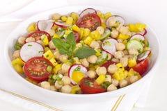 De Salade van de kikkererwt Royalty-vrije Stock Foto's