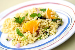 De Salade van de Kouskous van de parel Stock Foto's