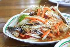 De salade van de papaja met paardkrab Stock Foto's