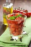 De salade van de tomaat in een glas Royalty-vrije Stock Afbeeldingen