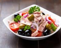 De salade van de tonijn en van de rijst Royalty-vrije Stock Afbeeldingen