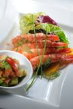 De salade van garnalen Stock Afbeeldingen