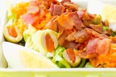 De Salade van het ei en van het Bacon Stock Fotografie