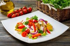 De salade van kippengyroscopen Stock Foto