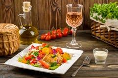 De salade van kippengyroscopen Stock Foto's