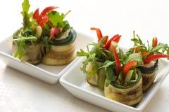 De saladebroodjes van de courgette met kaas Stock Afbeeldingen