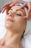 De salonreeks van de schoonheid. gezichts massage Stock Foto's