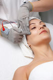 De salonreeks van de schoonheid. gezichts massage Royalty-vrije Stock Fotografie