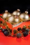 De samenstelling van Kerstmis met de decoratie van Kerstmis Royalty-vrije Stock Afbeeldingen