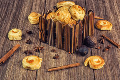 De samenstelling van vers gebakken gebakje Royalty-vrije Stock Afbeelding