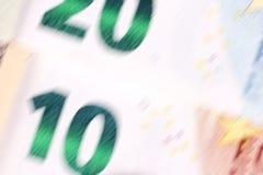 De samenvatting blured 10 20 euro geldachtergrond Stock Foto's
