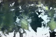 De samenvatting grunge schilderde canvas, willekeurig stof met de vlekken van de kleurenverf en vlekkentextuur voor ontwerpdoelei stock fotografie