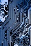 De samenvatting, sluit omhoog van Elektronische Kringen in Technologie op Mainboard-computerachtergrond royalty-vrije stock foto