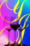 De samenvatting van drie wijnglazen Royalty-vrije Stock Fotografie