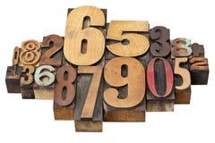 De samenvatting van het aantal in houten type Stock Foto's