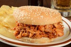 De sandwich van de barbecuekip stock fotografie