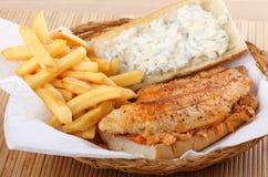De Sandwich van de Filet van de katvis stock afbeeldingen
