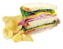 De Sandwich van de ham en van de Kaas met Spaanders stock foto