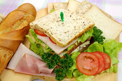 De Sandwich van de ham en van de Salade Stock Afbeeldingen