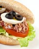 De sandwich van de tonijn en van het ei Stock Afbeeldingen