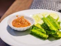 De saus van het garnalendeeg met groente royalty-vrije stock afbeelding