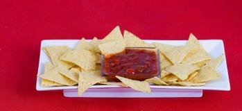 De saus van Nachos en van salsa royalty-vrije stock fotografie