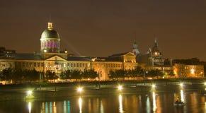 De scène van de nacht in Oud Montreal Stock Afbeelding