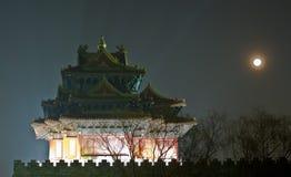 De scène van de nacht van oude toren Stock Foto