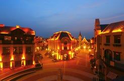 De scène van de nachtstraat royalty-vrije stock afbeeldingen