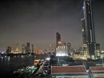 De scène van de stadsnacht stock fotografie