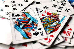 De schaakstukken van de koning en van de koningin stock foto